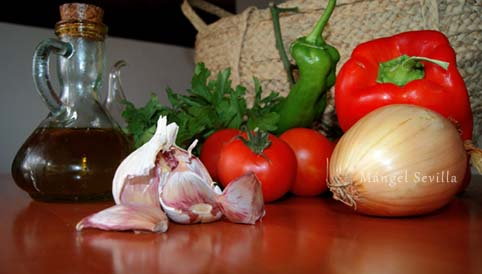 Ingredientes de la dieta ibicenca / Mángel Sevilla